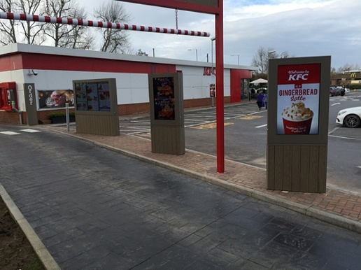 digital-signage-drive-thru.jpg